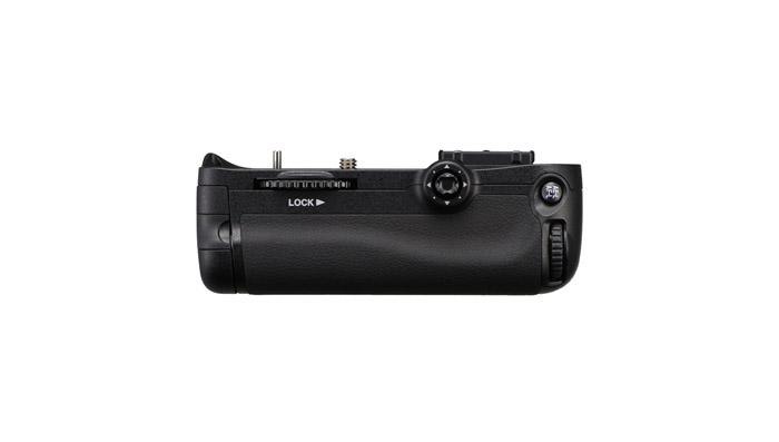 باتری گریپ Nikon MB-D11 Multi Power Grip برای نیکون D7000