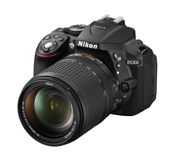 دوربین نیکون D5300 + 18-140mm VR (دست دوم)