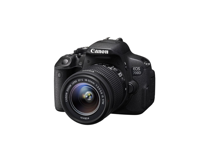 Canon EOS 700D + EF-S 18-55mm IS STM (دست دوم)