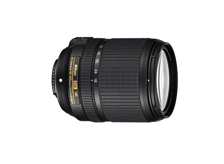 | Nikon AF-S 18-140mm G ED VR
