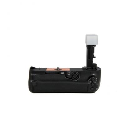 گریپ باتری جوپیو BG-E20 برای 5D Mark IV (دست دوم)