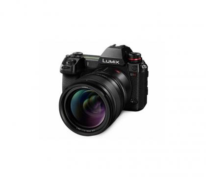 دوربین Panasonic S1R
