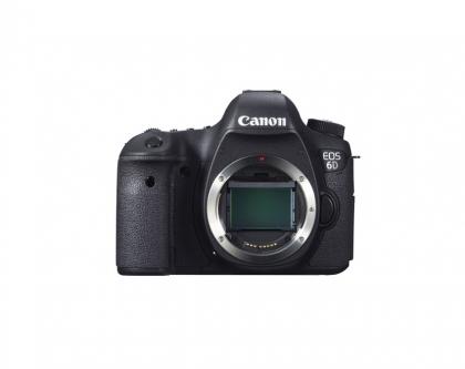بدنه دوربین کانن EOS 6D (دست دوم) دارای گریپ و باتری اضافه