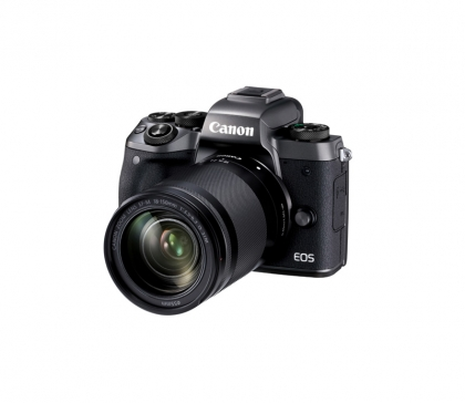 Canon EOS M5 + 18-150mm IS STM